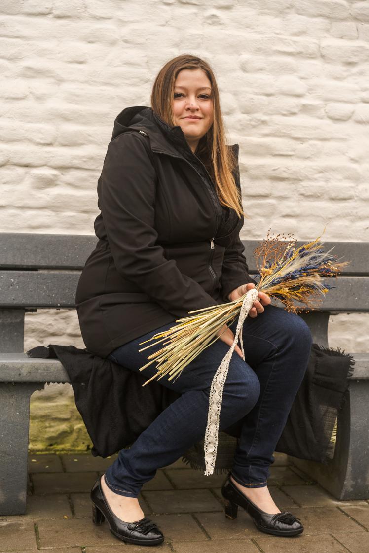 Kirsten met droogbloemen
